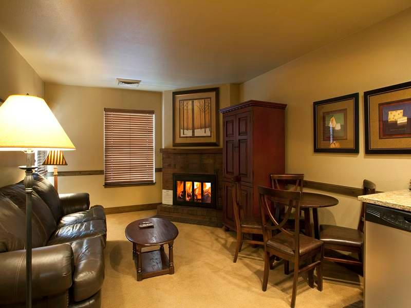 Copperbottom Inn #102 - Image 1 - Park City - rentals