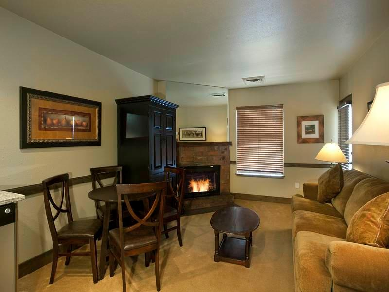 Copperbottom Inn #103 - Image 1 - Park City - rentals