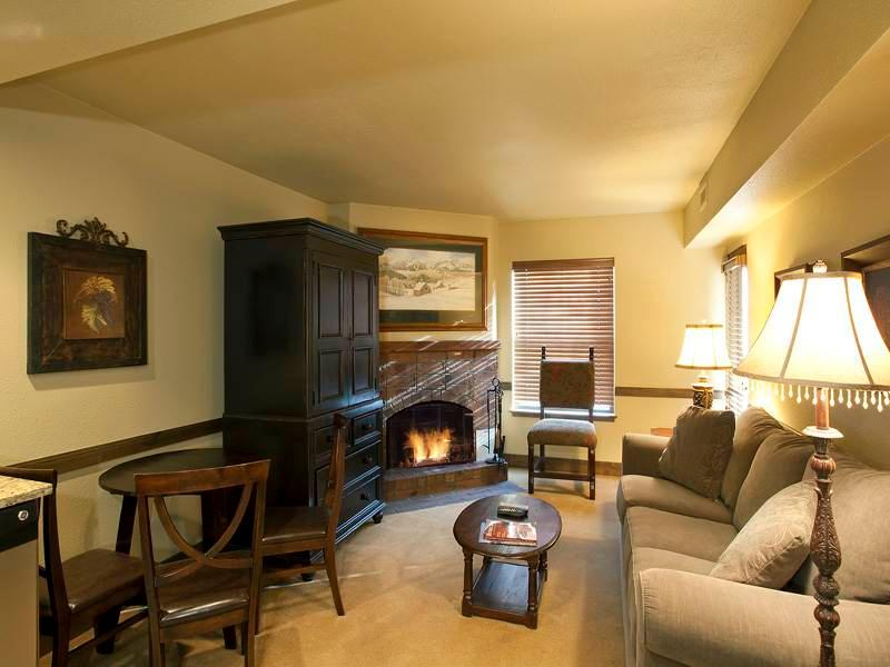 Copperbottom Inn #202 - Image 1 - Park City - rentals