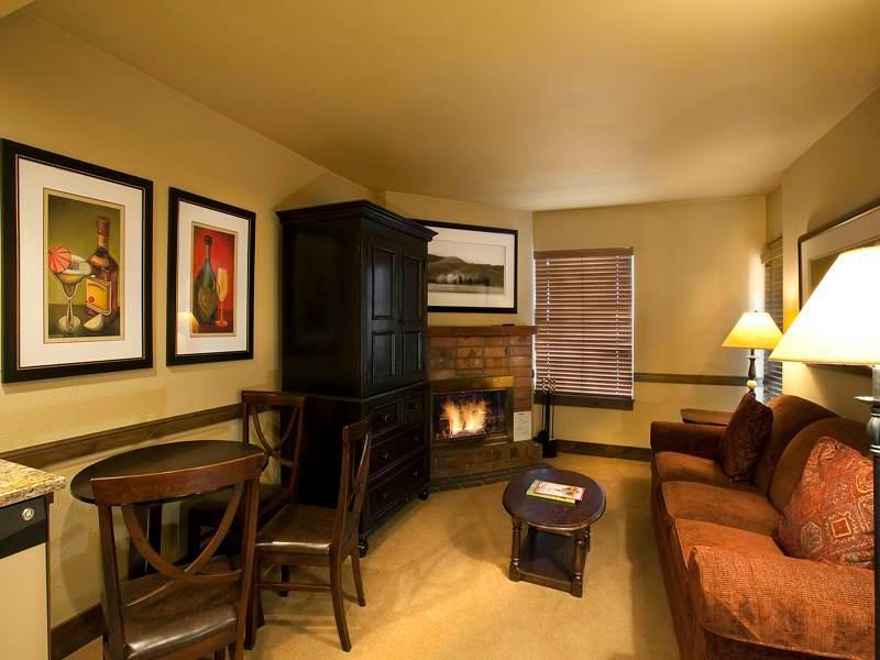 Copperbottom Inn #205 - Image 1 - Park City - rentals