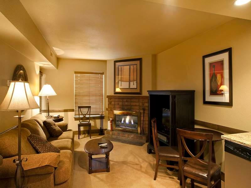 Copperbottom Inn #207 - Image 1 - Park City - rentals