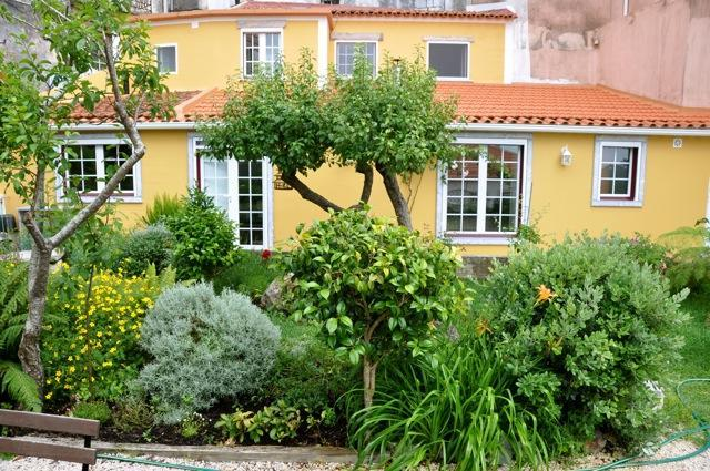 The Cottage - Gorgeous 2 Bedroom Cottage in Sintra with Yard - Sintra - rentals