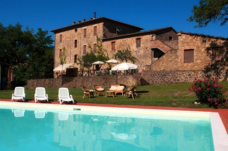 Villa Pastoral Tuscan Home near Siena - Image 1 - Chiusdino - rentals