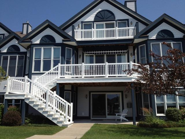 Spectacular 3 Story Waterfront Condo - Image 1 - Manistee - rentals