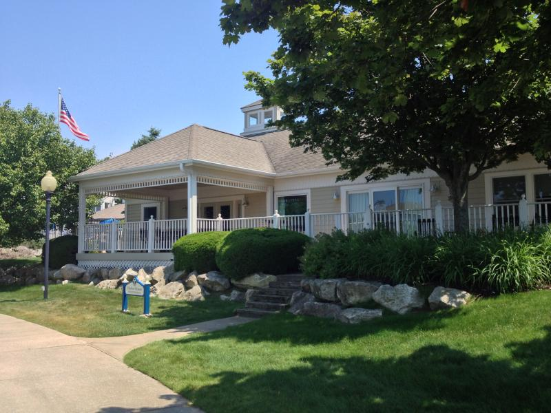 Luxury Home on the Marina w/ 66 ft Deck - Image 1 - Manistee - rentals