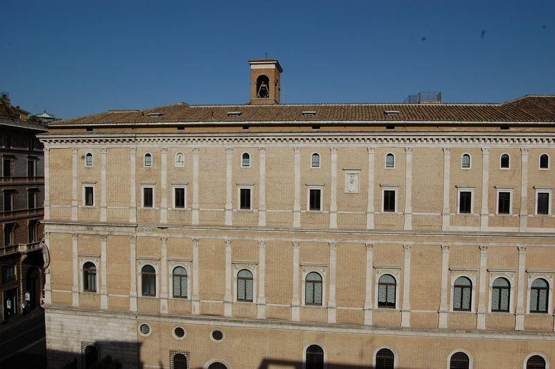 Cancelleria Luxury Two Bedroom Apartment - Image 1 - Rome - rentals