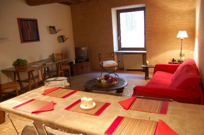 Elegant Apartment Campo dei Fiori - Image 1 - Rome - rentals