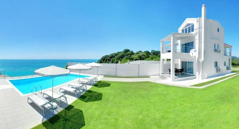 Villa Nafsika, Halikouna, south-west Corfu - Image 1 - Corfu - rentals