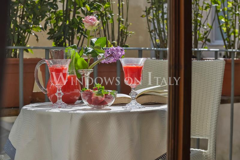 Maggio Frescoes - Windows on Italy - Image 1 - Florence - rentals