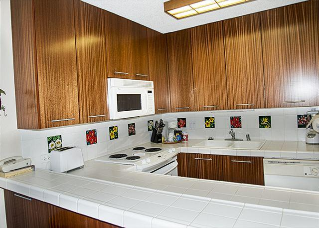 Superior ocean view from this 4th floor condo! - Image 1 - Kihei - rentals