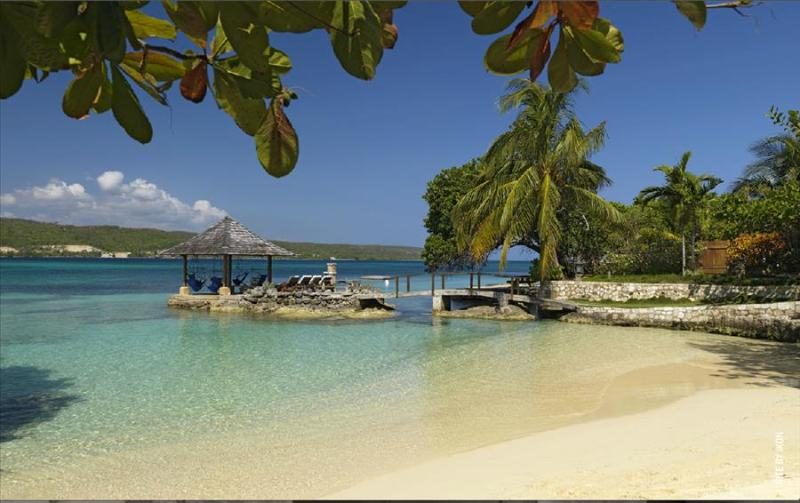 Amanoka at Discovery Bay, Jamaica - Private White Sand Beach, Amazing Sunset View, Pool - Image 1 - Discovery Bay - rentals