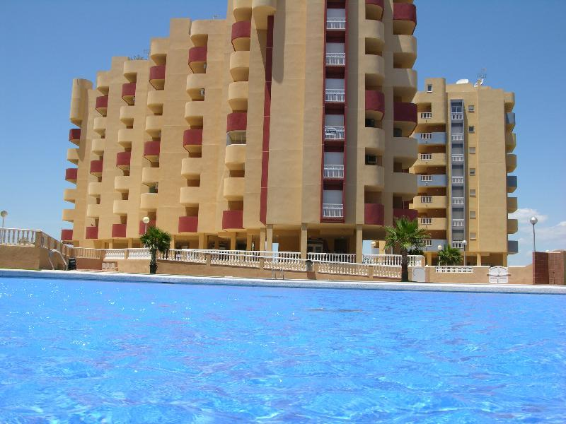Sea and Marina Views - Balcony - Communal Pool - Padel Court - 1507 - Image 1 - La Manga del Mar Menor - rentals