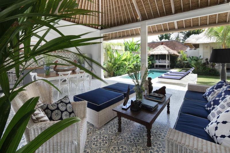 Lounge - Umah Di Desa III - 3 Bed pool villa in Batubelig - Seminyak - rentals