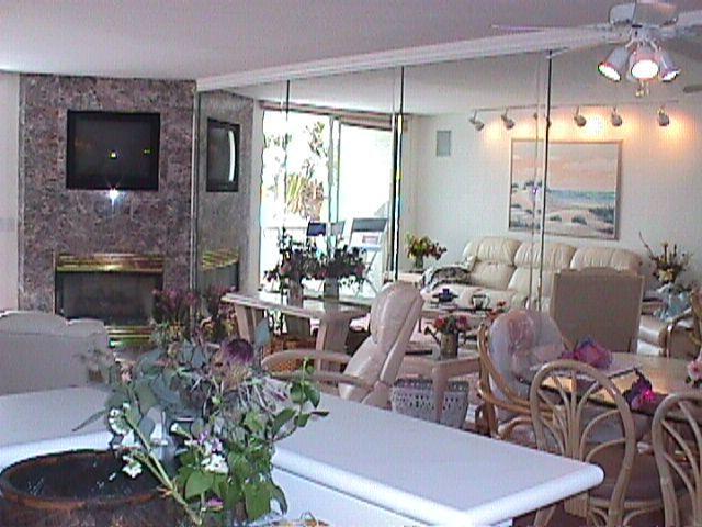 Living Room taken from Kitchen - Heaven on the Beach in Oceanside - Oceanside - rentals