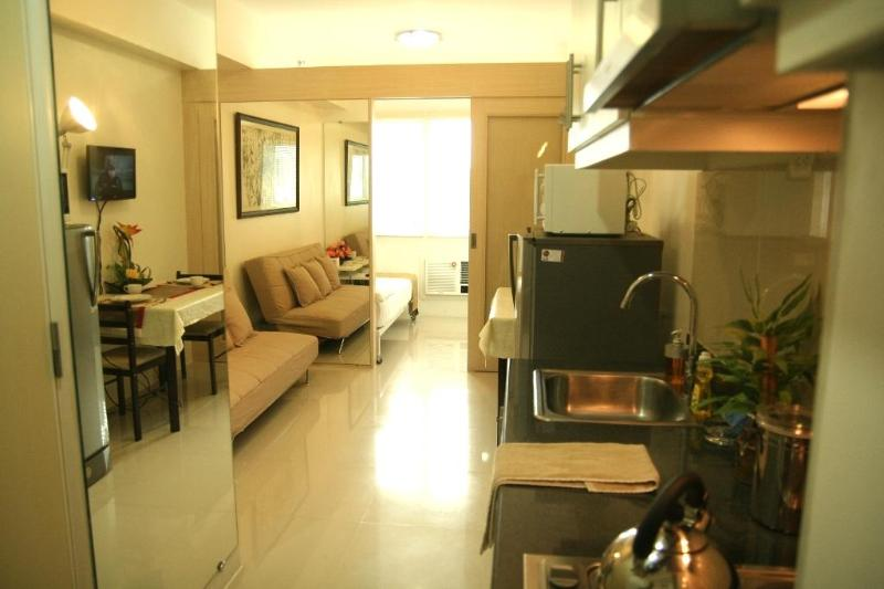 IECASA at Sea Residences, Mall of Asia - Image 1 - Manila - rentals