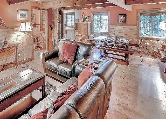 Relaxing Private Cabin in the woods! Hot Tub, Wi-Fi* Slps8 * Winter Specials - Image 1 - Cle Elum - rentals