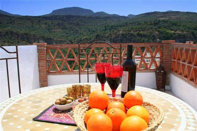 A Spanish wine outside? - CASA IDRISI lovely renovated and decorated house - Mondujar - rentals