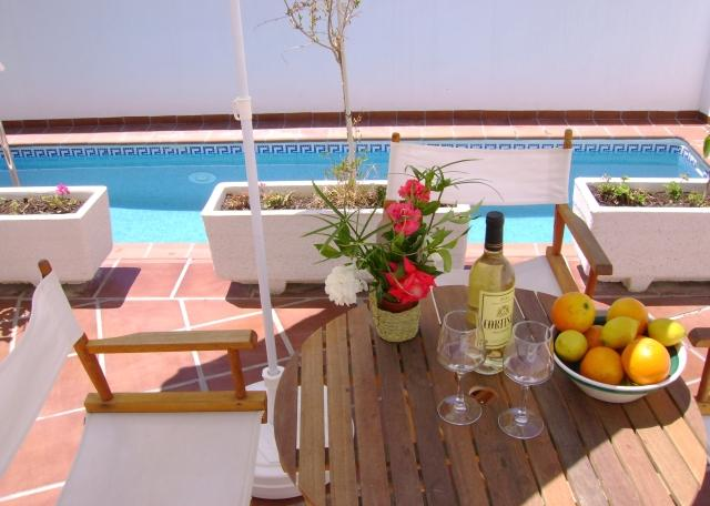 pool and terrace - CASA TULIPAN housing complex with a communal pool - Albunuelas - rentals