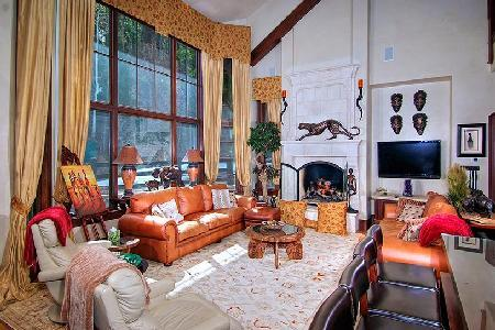 Gorgeous 66 Village Walk #1 - Beaver Creek, summer hiking, winter skiing - Image 1 - Vail - rentals
