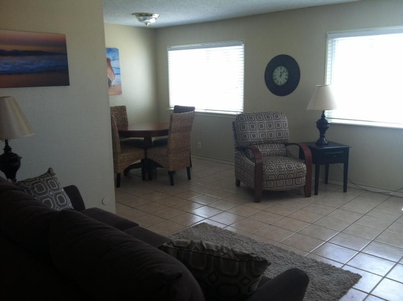 Living Room with ocean views - Oceanfront Condo in Pismo Beach! - Pismo Beach - rentals