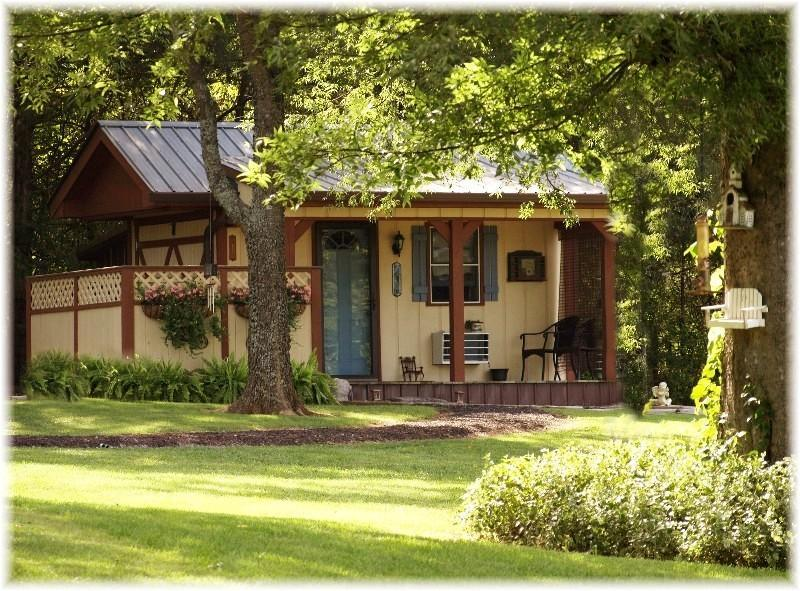 View of Cottage Exterior - The Calico Cabin~Clean Lil' Bed & Bath on Farm! - Nashville - rentals
