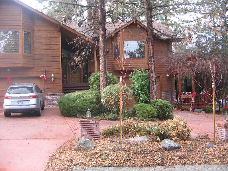 The Bonanza Lodge - The Bonanza Suite..walk to the PMC villiage & Club - Pine Mountain Club - rentals