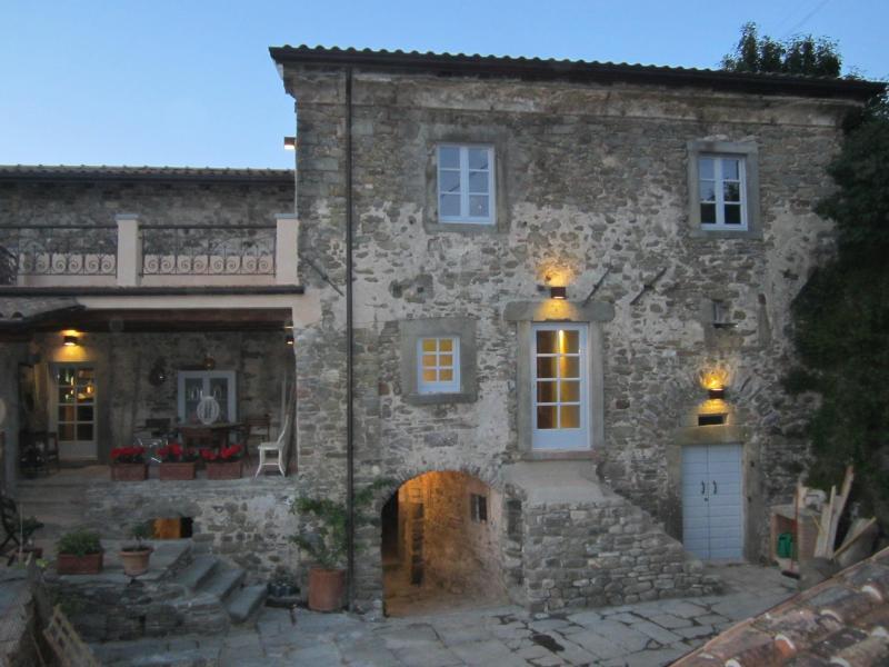 La Casa Padronale... - La Casa Padronale del Poggiolo in Codiponte, Italy - Codiponte - rentals