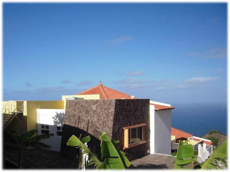 Villa Oceanus - Stunning Villa Oceanus - uninterrupted sea views! - Ribeira Grande - rentals