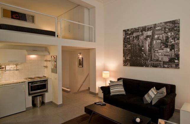 Parioli Hi Tech Studio, centrally located. - Image 1 - Rome - rentals