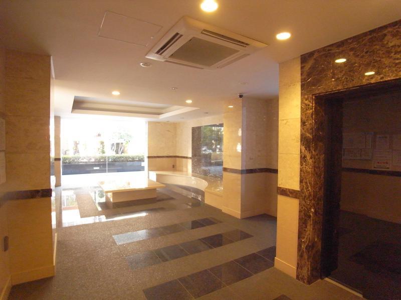 Entrance - Palace Studio Minami Azabu (Furnished Apartment) - Tokyo - rentals