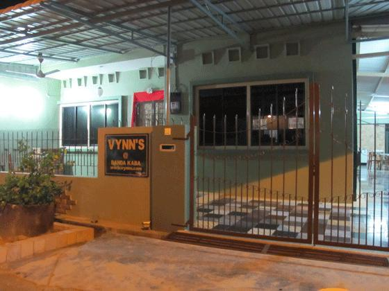 frontage view (night) - Vynn`s at Banda Kaba , Malacca. - Melaka - rentals
