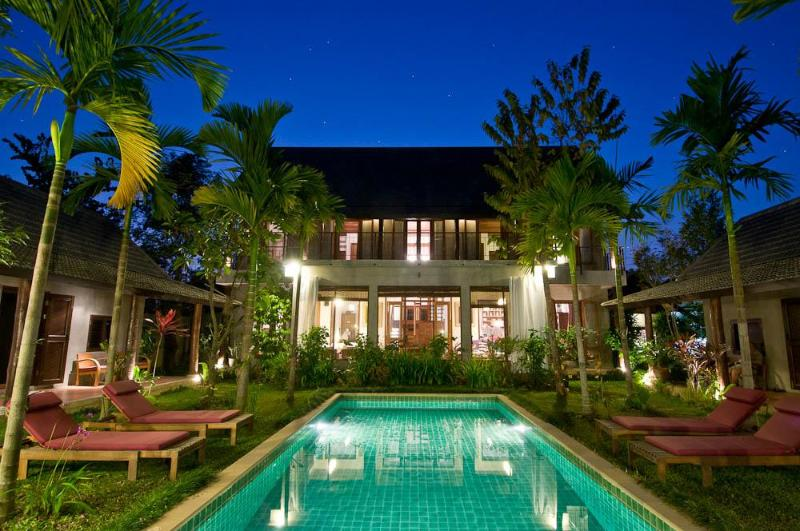 Main Building with Two Pool Villas - Paya Villa, Chiang Mai Riverfront Home - Chiang Mai - rentals