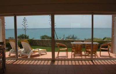 Full length sliding doors onto patio & sea view - No 2 Ocean View, Praia da Luz - Luz - rentals
