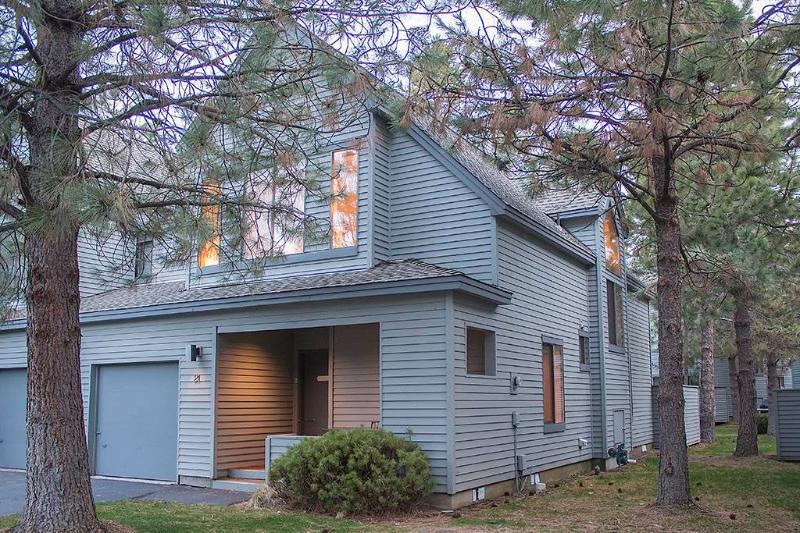 #21 Eaglewood Condominium - Image 1 - Sunriver - rentals