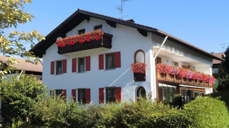LLAG Luxury Vacation Home in Hopferau - 915 sqft, spacious, central, near sightseeings an activities… #3445 - LLAG Luxury Vacation Home in Hopferau - 915 sqft, spacious, central, near sightseeings an activities… - Hopferau - rentals