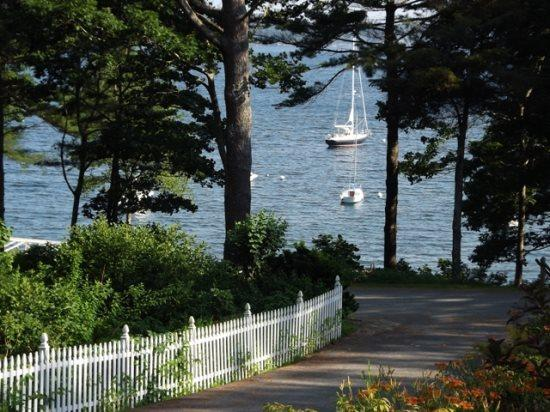 Late spring view of the water  - DREAMS COME TRU | EAST BOOTHBAY MAINE | FAMILY VACATION | KAYAKING | - East Boothbay - rentals