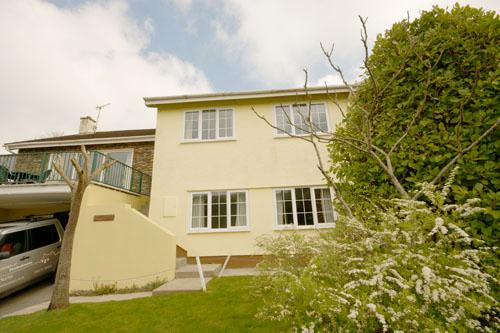 Pet Friendly Holiday Home - Pine Lodge, Wisemans Bridge - Image 1 - Pembrokeshire - rentals