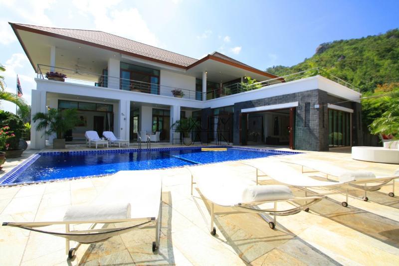 EXCLUSIVE VILLA - Image 1 - Hua Hin - rentals