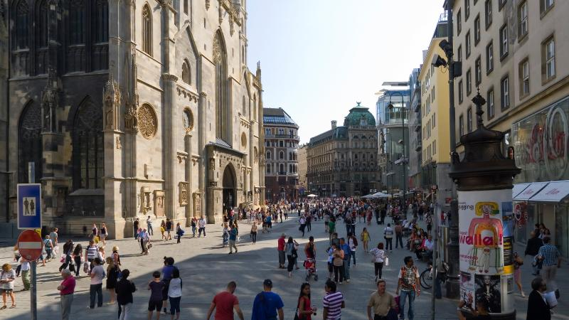 """St.Stephen"" 1 min walk to St.Stephen Cathedral - Image 1 - Vienna - rentals"