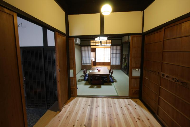 Entrance - Quality Rest in Machiya townhouse near Kyoto Sta. - Kyoto - rentals