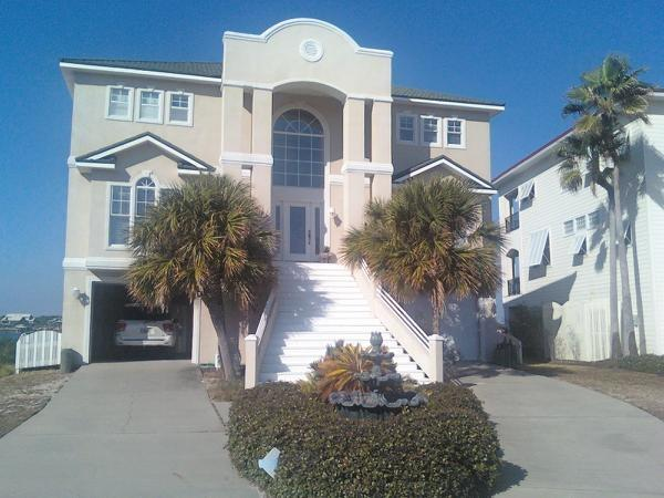 Front view of House - Old River Chateau crystal white beach Perdido Key - Perdido Key - rentals