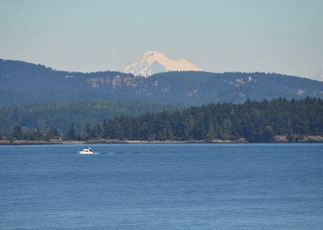 That's Mt. Baker just past Orcas Island. - Panorama Lodge on San Juan Island - Friday Harbor - rentals