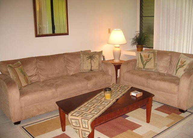 Living Room - Turtle Bay 066 East **Available for 30 day rental - Kahuku - rentals