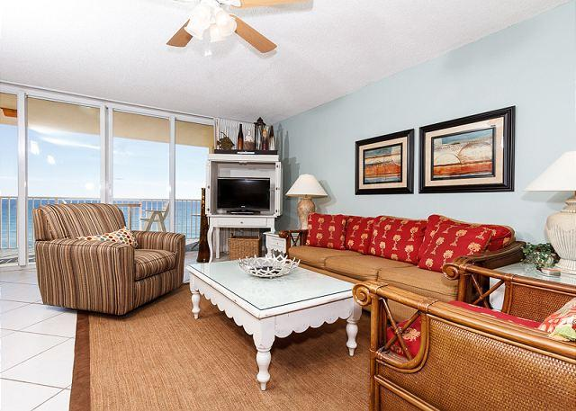 Spacious and elegant, this condo has it all. - DP702:UPSCALE BEACH FRONT 2 BEDROOM, FREE BEACH CHAIRS DAILY - Fort Walton Beach - rentals