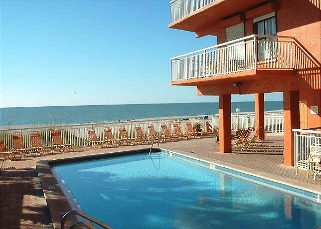 Chateaux Condominium 409 - Image 1 - Indian Shores - rentals