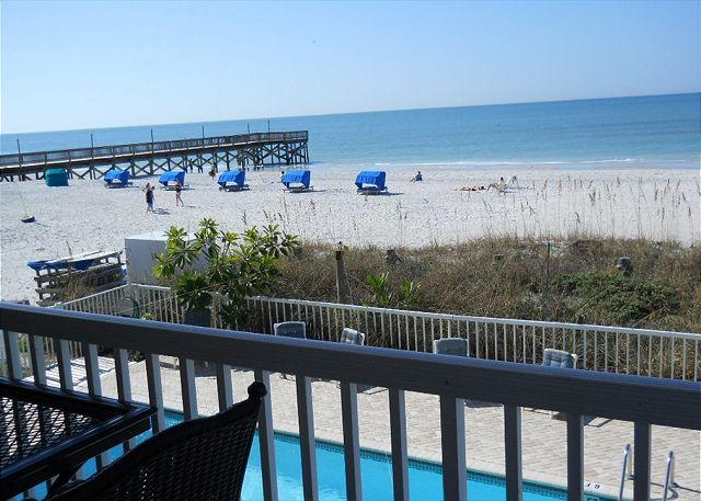 El Mar B / Updated 3 Bedroom On The Gulf of Mexico - Image 1 - Indian Shores - rentals