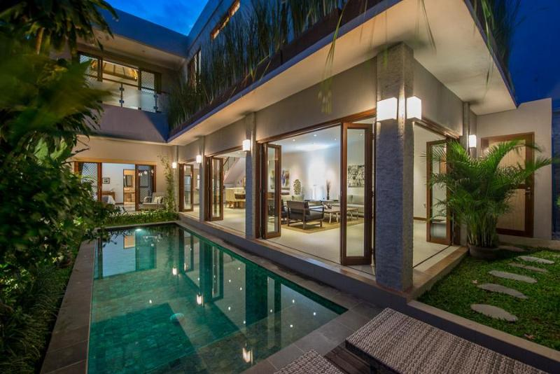 Two level design - PRIME LOCALE JUST 300m FROM DOUBLE SIX BEACH - Legian - rentals