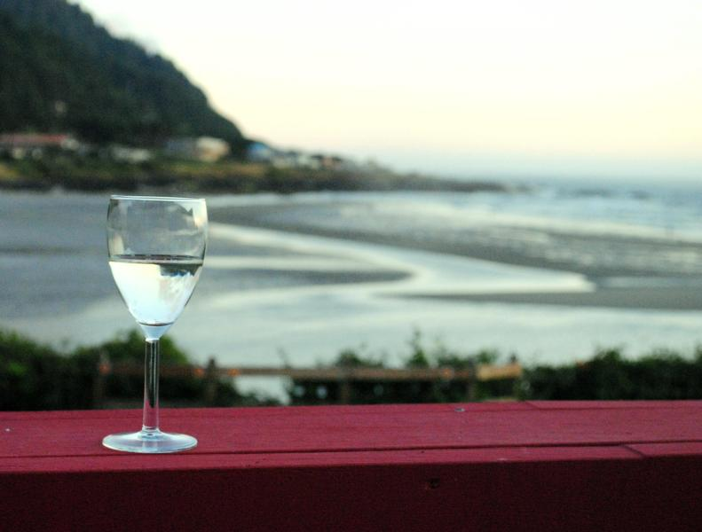 The View From 7th Heaven! in the Heart of Yachats! - Ocean Front in the Heart of Yachats! FREE NIGHT! - Yachats - rentals