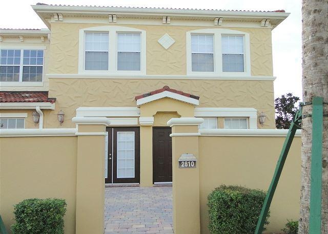 Luxury 4 Bed 2 Bath Waterstone Townhome, Just 15 Mins To Disney (AV2810BV) - Image 1 - Four Corners - rentals