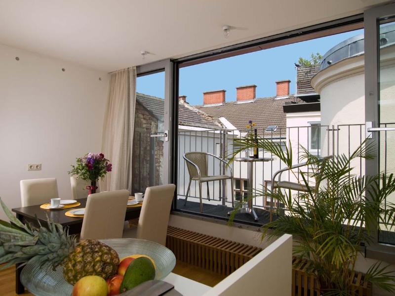 DESIGN Apartment Schoenbrunn - Image 1 - Vienna - rentals